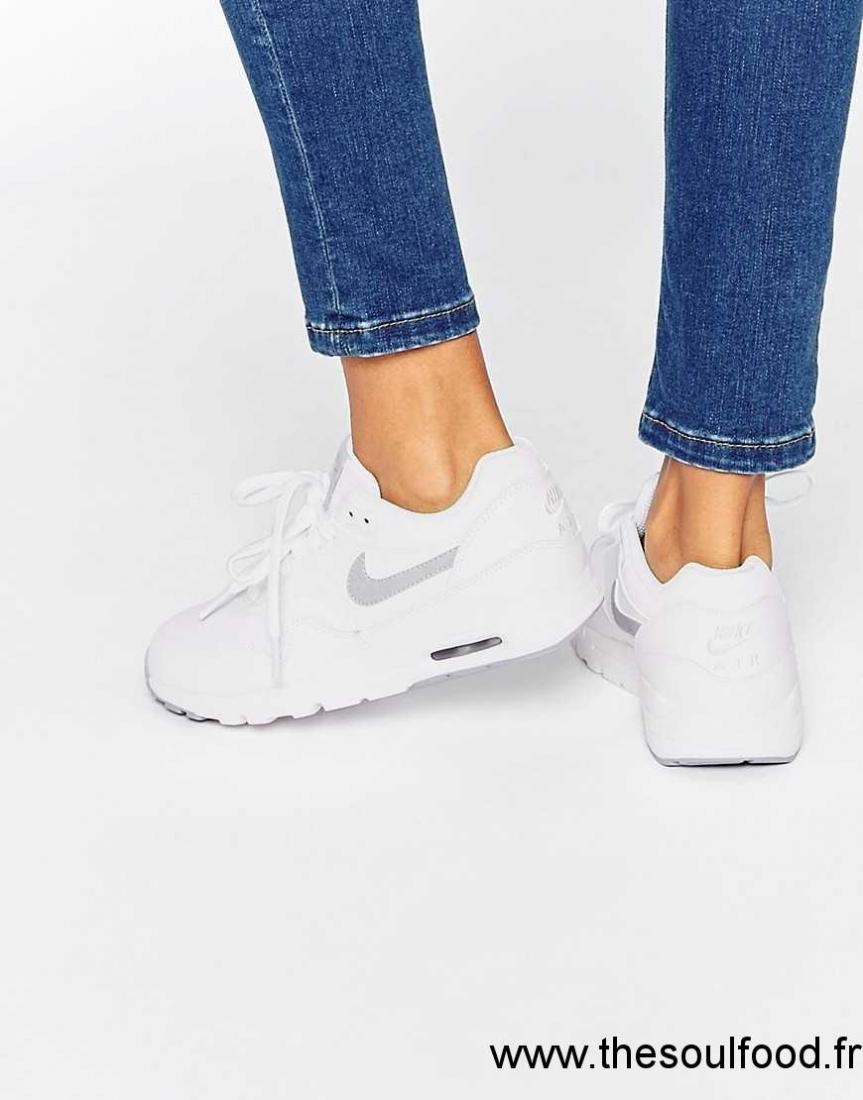 wholesale dealer 403ba a96f4 Nike - Air Max 1 Ultra Essentials - Baskets Femme Blanc Chaussures   Nike  France YX62003222