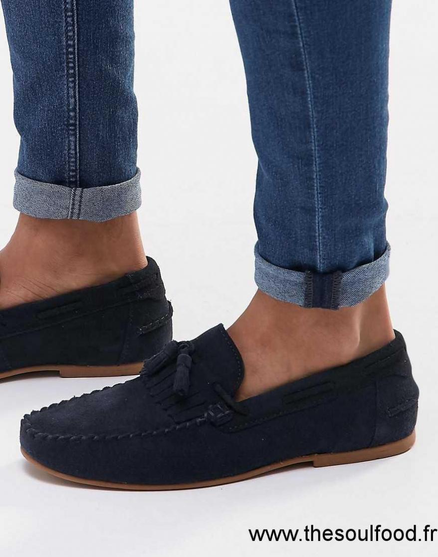 asos mocassins en daim avec franges et glands bleu marine homme bleu marine chaussures. Black Bedroom Furniture Sets. Home Design Ideas